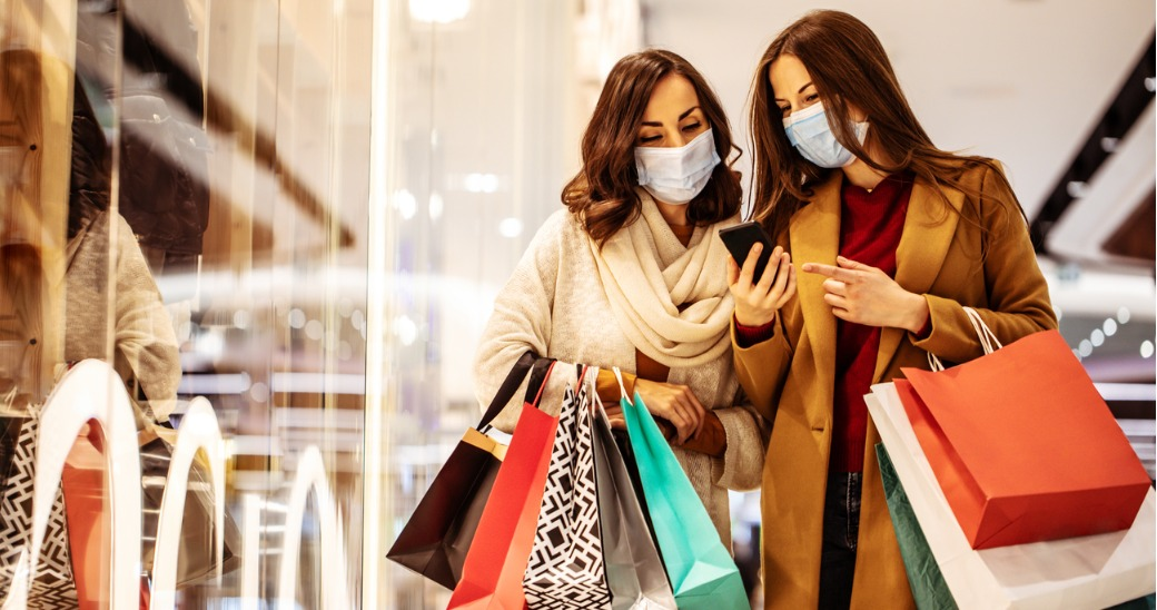 People shopping with masks on.