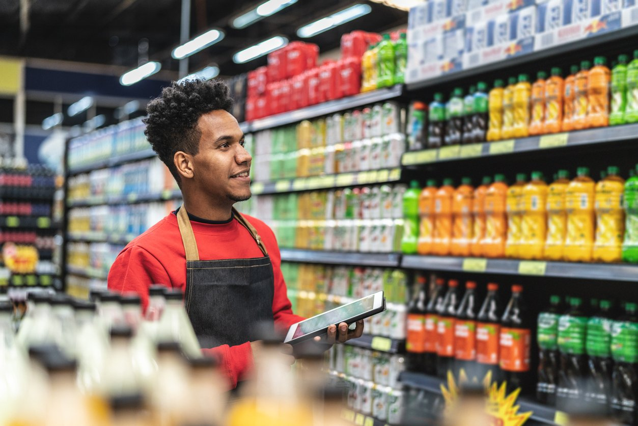 4 Reasons Why Every Grocery Retailer Needs Expiration Date Tracking Technology